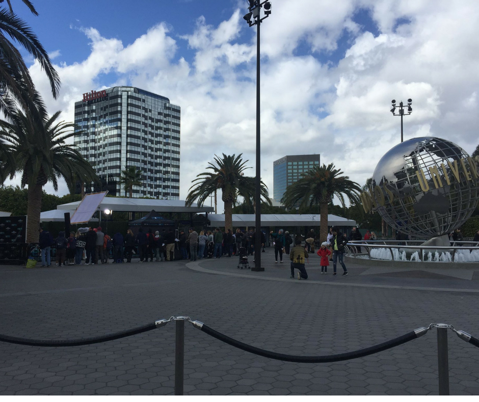 How to Attend an Extra Tv Show Taping at Universal CityWalk Hollywood