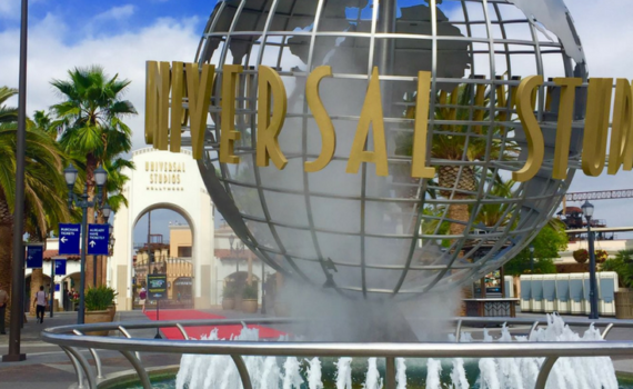 Even though theme parks are known to be pricey there are ways to save. Learn how to save money at Universal Studios Hollywood.