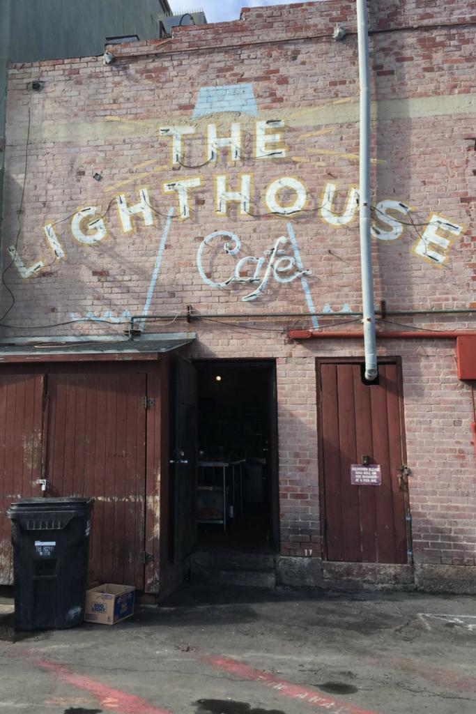 the lighthouse cafe from la la land