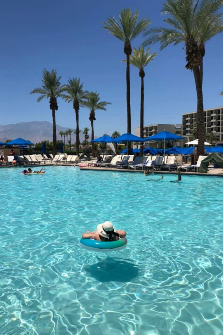 where to stay in palm desert
