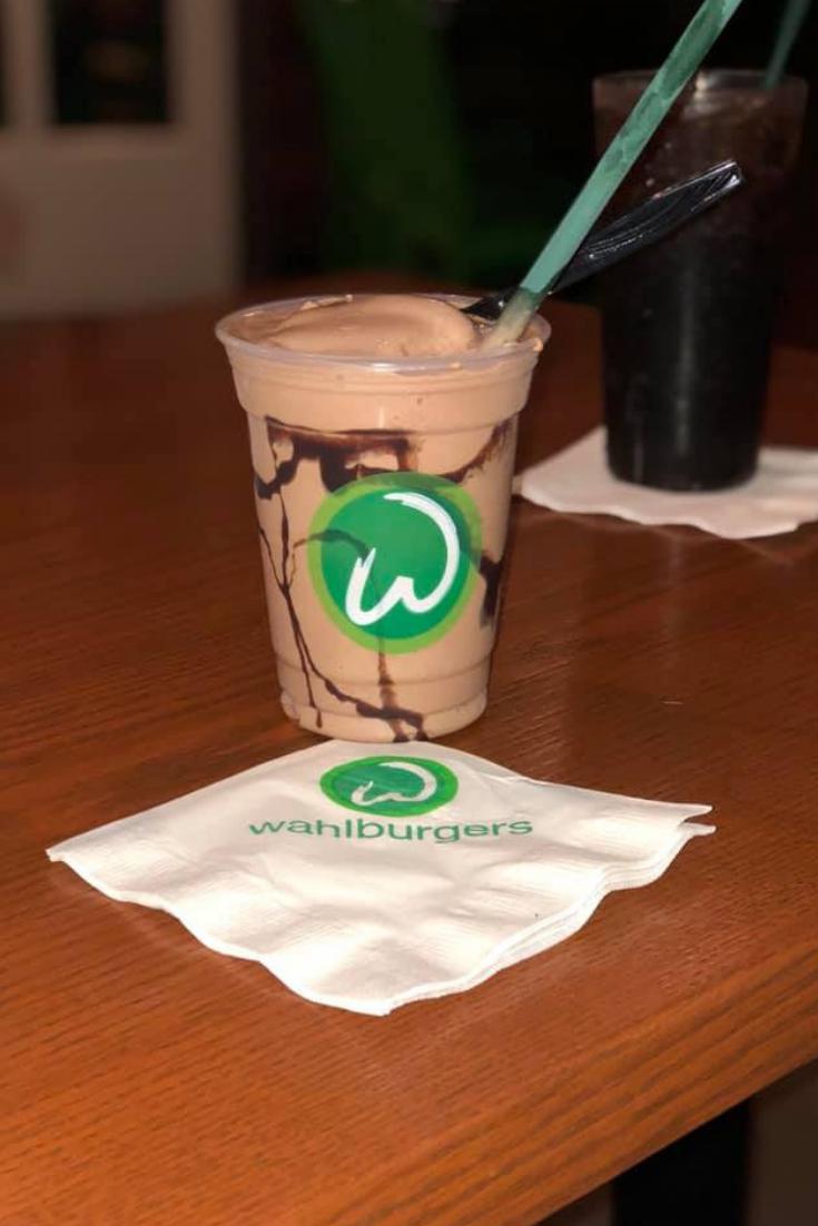wahlburgers milkshake