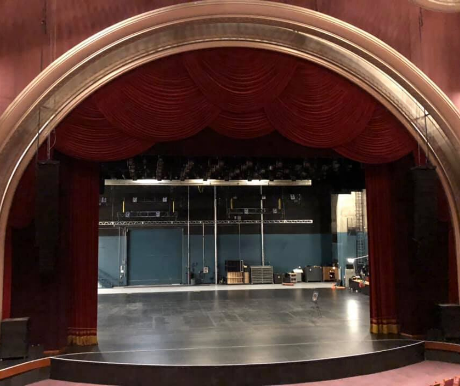 the dolby theatre stage